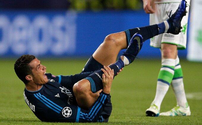 Ronaldo, tebe kao da su vukovi napali!