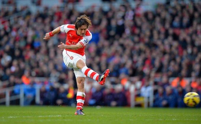 Rosicki još godinu dana u Arsenalu!