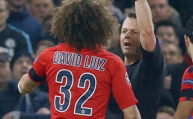 David Luiz ima novu frizuru