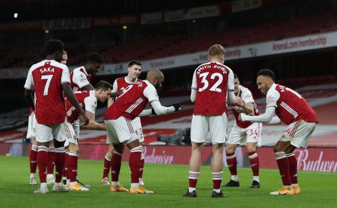 """Arsenal veže svog """"De Brujnea"""", šta je sa """"kanarincem""""?"""