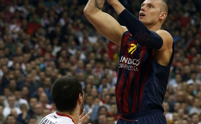 EL - Barsa povela u seriji protiv Olija