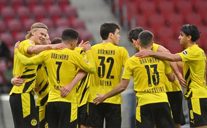 Borusija Dortmund predstavila novog golmana