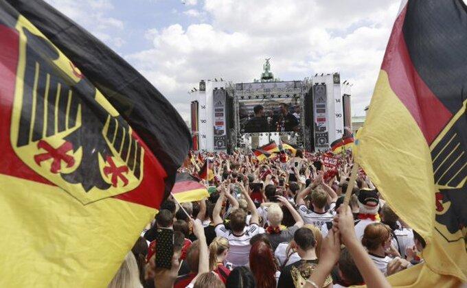 Nemci nemilosrdni i na prijateljskim utakmicama
