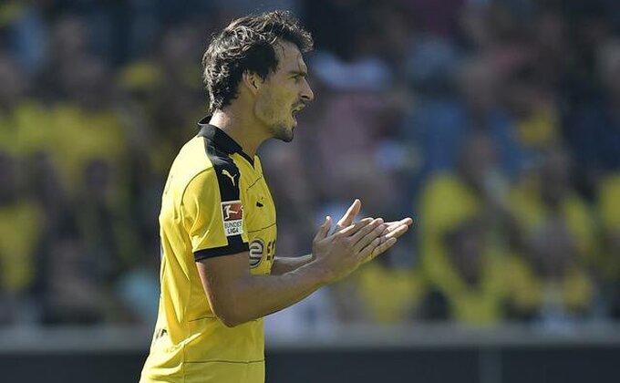 Bajern i Dortmund u trampi decenije!