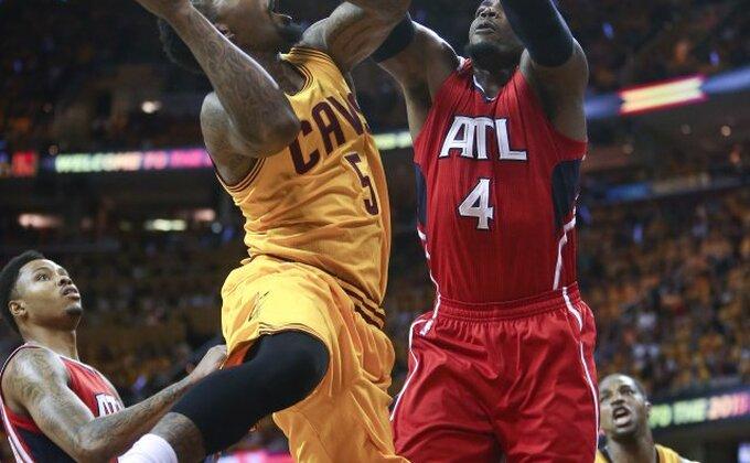 NBA top 10 - Milsap prizemljio 'Supermena'