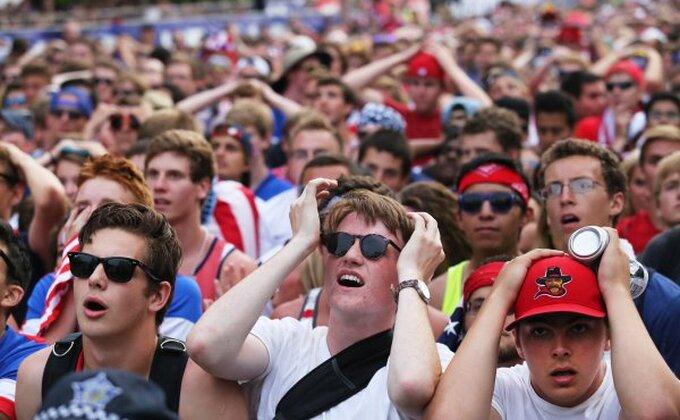 Ko kaže da se u SAD ne gleda fudbal?!