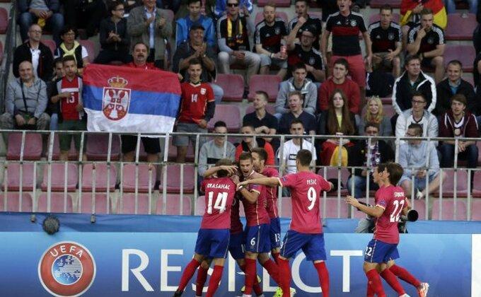 Srbijo, izvukoše se Nemci!