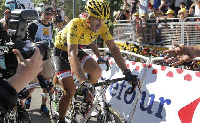 Kančelara završio Tur zbog povrede pršljenova