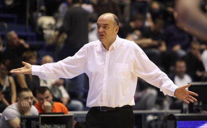 Znate li zašto Vujošević ne ide na Partizanove utakmice?