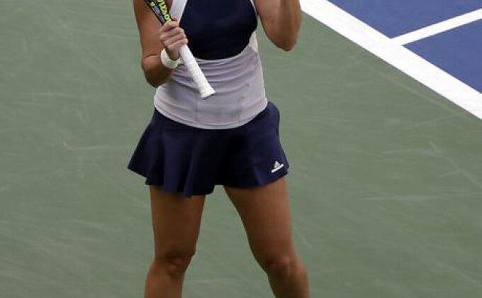 US Open: Flavija Peneta u polufinalu