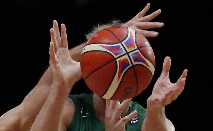 Videste li kako su Litvanci šutirali trojke?