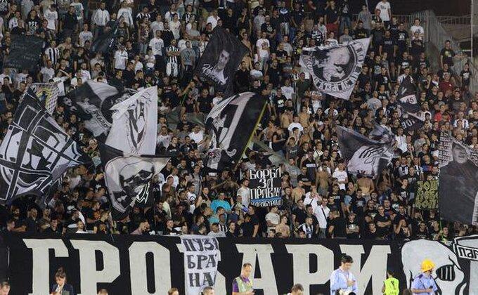 I ovo je srpski fudbal - Čulo se ''Partizan šampion'', a onda PLJUS!