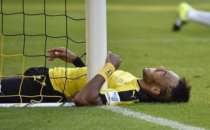 Dortmund zaustavljen u Hamburgu, PONOVO