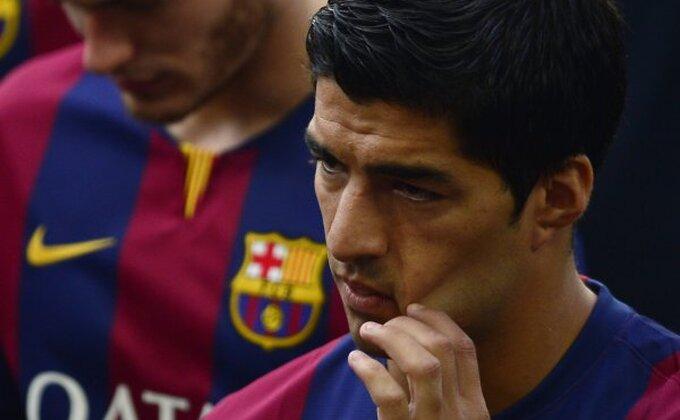 "Revoltirani Suarez napustio intervju: ""Dosta o ugrizu!"""