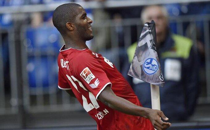 BL - Het-trik najboljeg strelca lige za ubedljiv trijumf Kelna nad HSV-om!