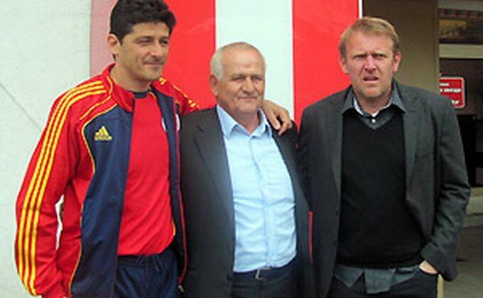 Bugarski ''večiti derbi'' - Ljupko Petrović osetio bes navijača svog bivšeg kluba, policija reagovala