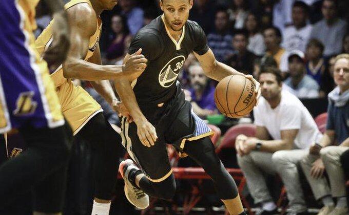 Pelikansi jači za bivšeg igrača Lejkersa