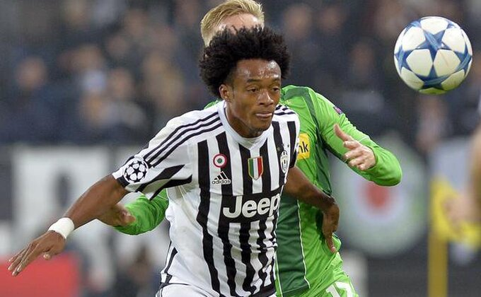 Ovako je bilo u Torinu, da li je ovo penal za Juve?