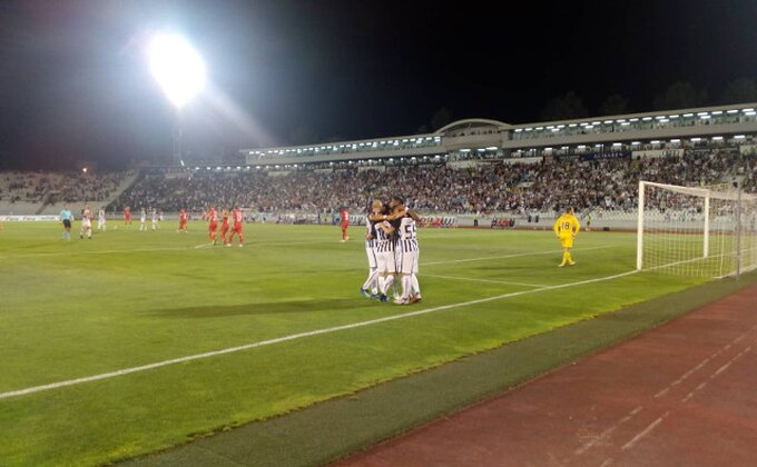 Pantić za Jankovića, Partizan vodi!