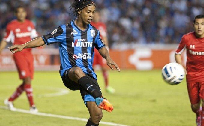 "Ronaldinjo dao gol, asistirao, ""urnisao"" Blanka..."