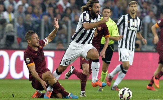 Juventus i Roma i dalje igraju derbi!