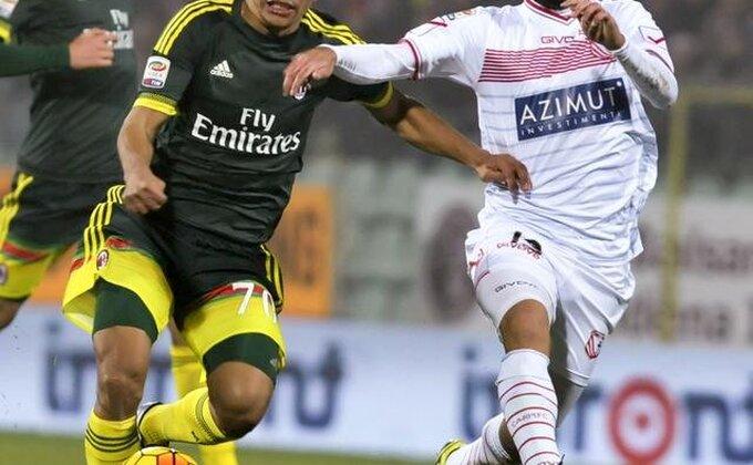 Razočaravajući meč Mihinog Milana