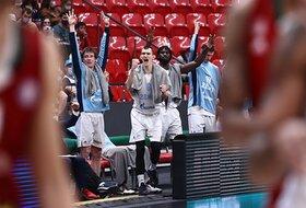Zenit deklasirao Lokomotivu, Lojd među najboljima