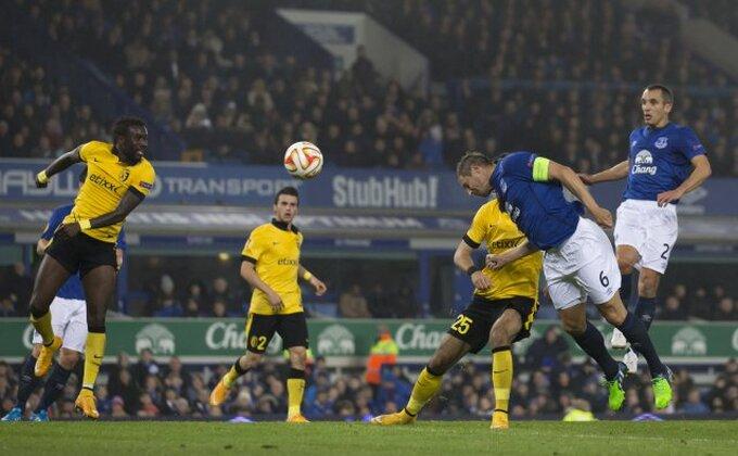 Everton produžio saradnju sa kapitenom