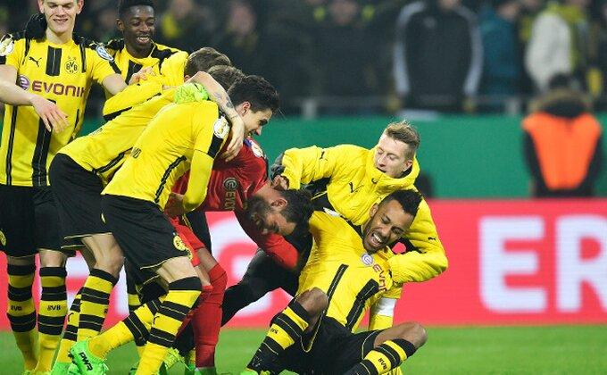 Istorija je ispisana u Nemačkoj, igralo 30 igrača u kup utakmici!