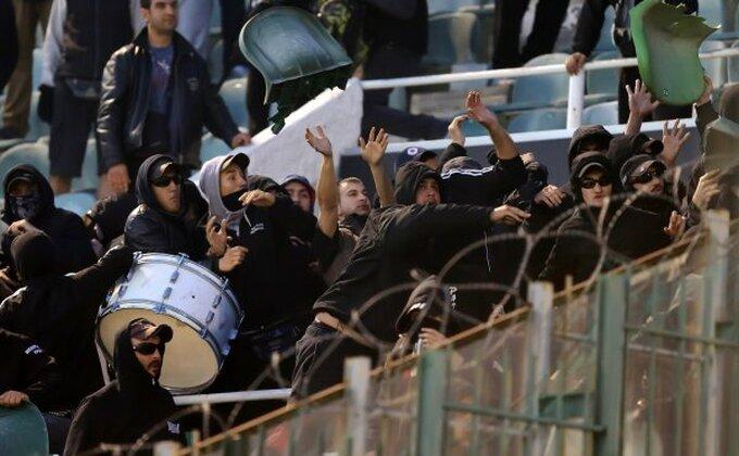 Novi huliganski pir! Haos na utakmici Panatinaikos - PAOK!