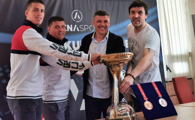 Kup Srbije: Partizan za spas sezone, Zvezda za prekid posta