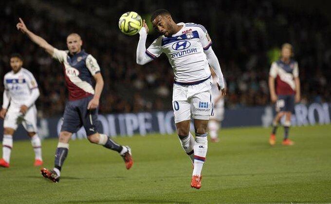 Francuzi pišu - Arsenal ima dogovor sa Lakazetom!