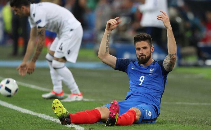 Francuzi razigravaju Žirua za nokaut fazu