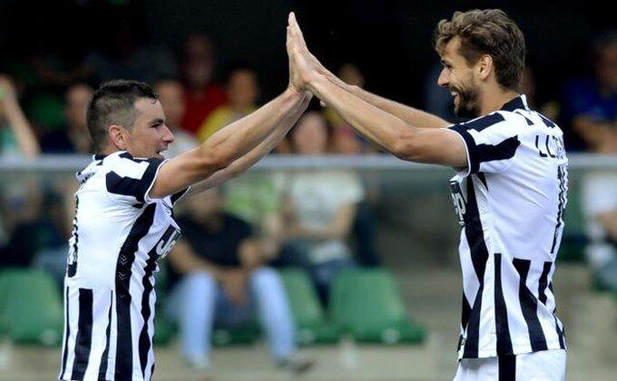 Odoše 'Lordovi' - Posle Bendtnera i njegov italijanski kolega po titulu okačio kopačke!