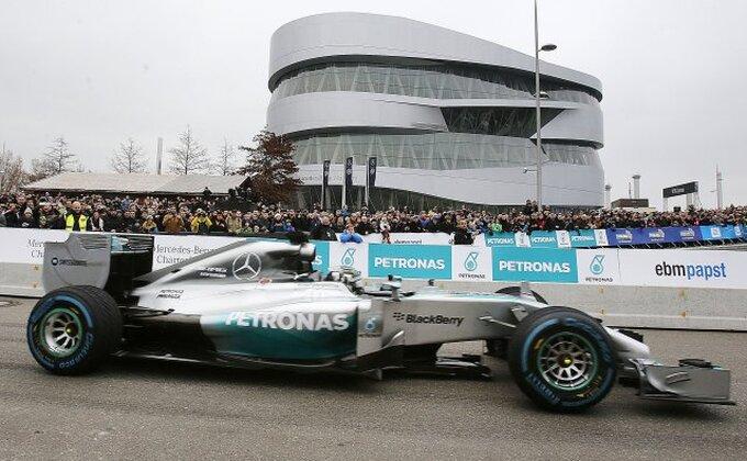 Manor otpustio Harjanta, novi vozač Esteban Okon