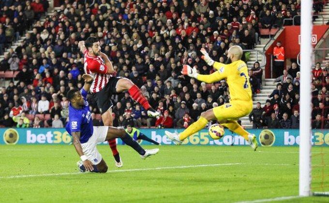 Problemi za Everton – Hauard (do) 6 nedelja van terena!