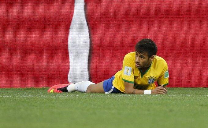 Sramotni penal pogurao Brazilce na startu Mondijala!