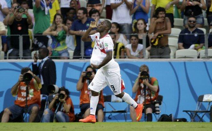 Kostarika blistala, Urugvaj u šoku!