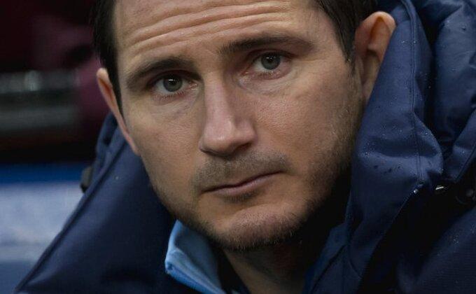 Šta je, i sa kim, potpisao Frenk Lampard?!