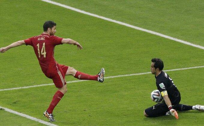 Ćabi Alonso završio reprezentativnu karijeru
