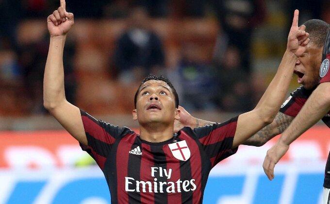 Baka i sudije opet u centru pažnje - Napadač Milana već proslavio gol, a onda je usledio šok!