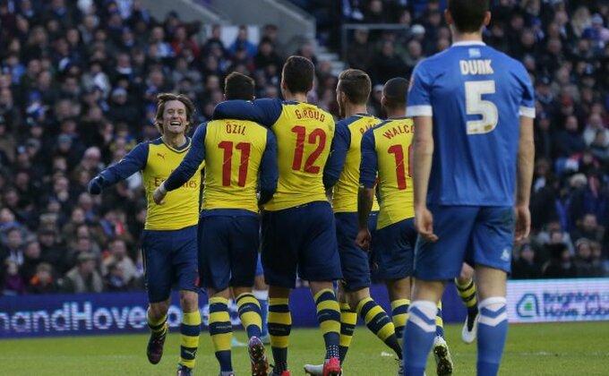 Arsenal pobedio u uzbudljivom meču, prošli i Vila i Vest Hem