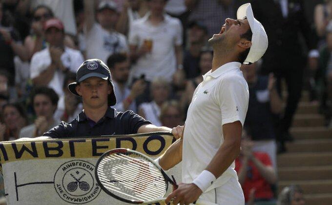 Brži od mraka, jači od Hačanova! Novak u četvrtfinalu!