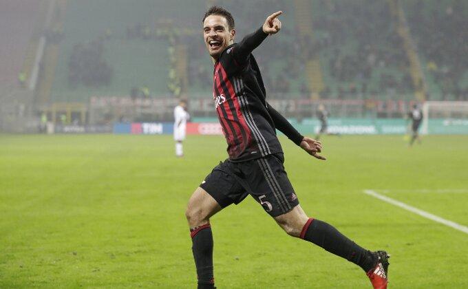 Milan izbacio Mihu iz Kupa!