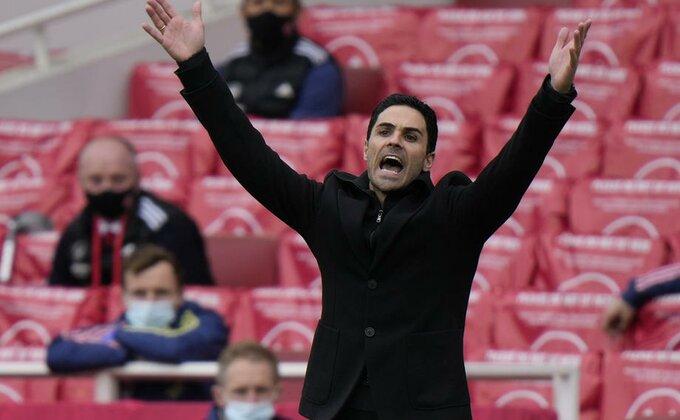 Da li je Arteti presuđeno i nazire li se novi menadžer Arsenala?!