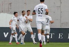 Čukina rapsodija na Banovom brdu, Proleter ispraćen sa šest golova u mreži!