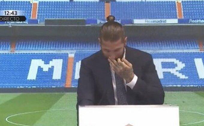 """Ramos se u suzama oprostio od Reala: """"Vratiću se!"""""""