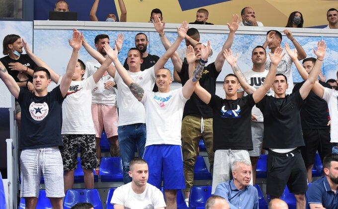 """Nekad igrao za Partizan, sinoć u """"Morači"""" zdušno bodrio Budućnost"""