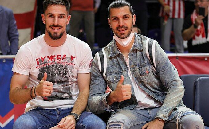 Zvezdini fudbaleri bodre Zvezdu u ''Pioniru'', nove promene u sastavu