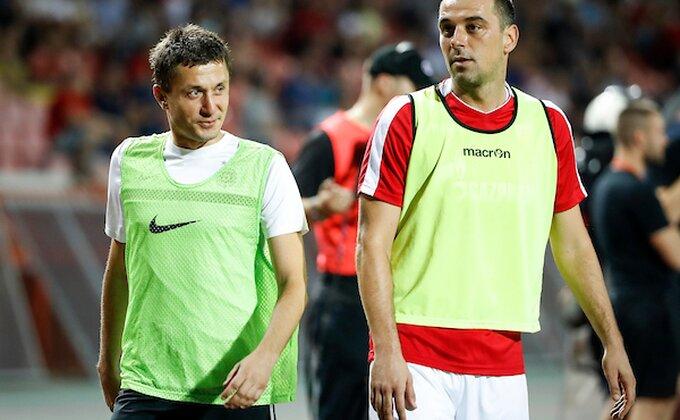 Veliki kapiteni i veliki ljudi, Milijaš i Ilić razmenili dresove za Gavrila!